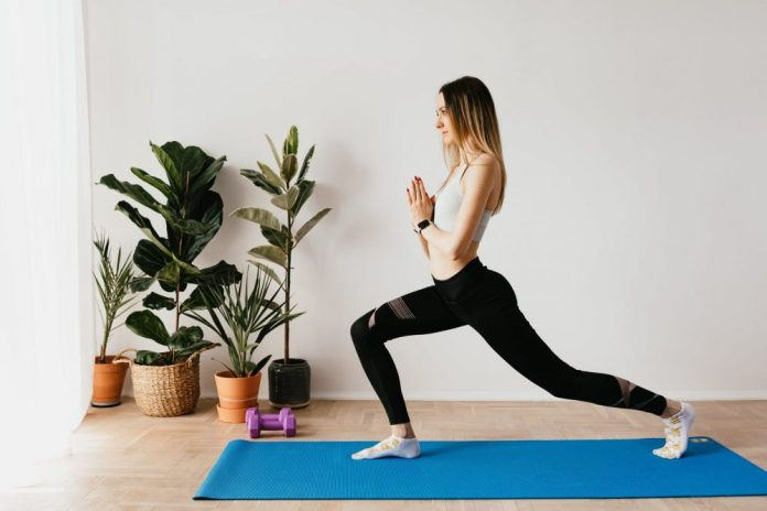 Lunge to strengthen your quadriceps