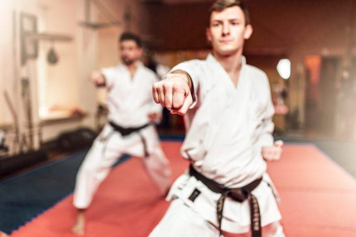 Jun Zuki - Leading Punch