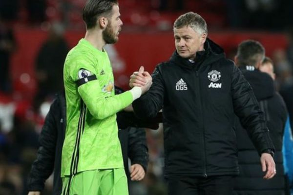 manchester-united-lacks-2-3-players-to-fight-for-the-championship-title-for-www-sportsandworld-com