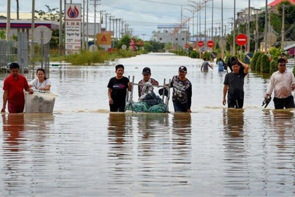 Floods in Cambodia - 43 people killed, more than 594 thousand injured