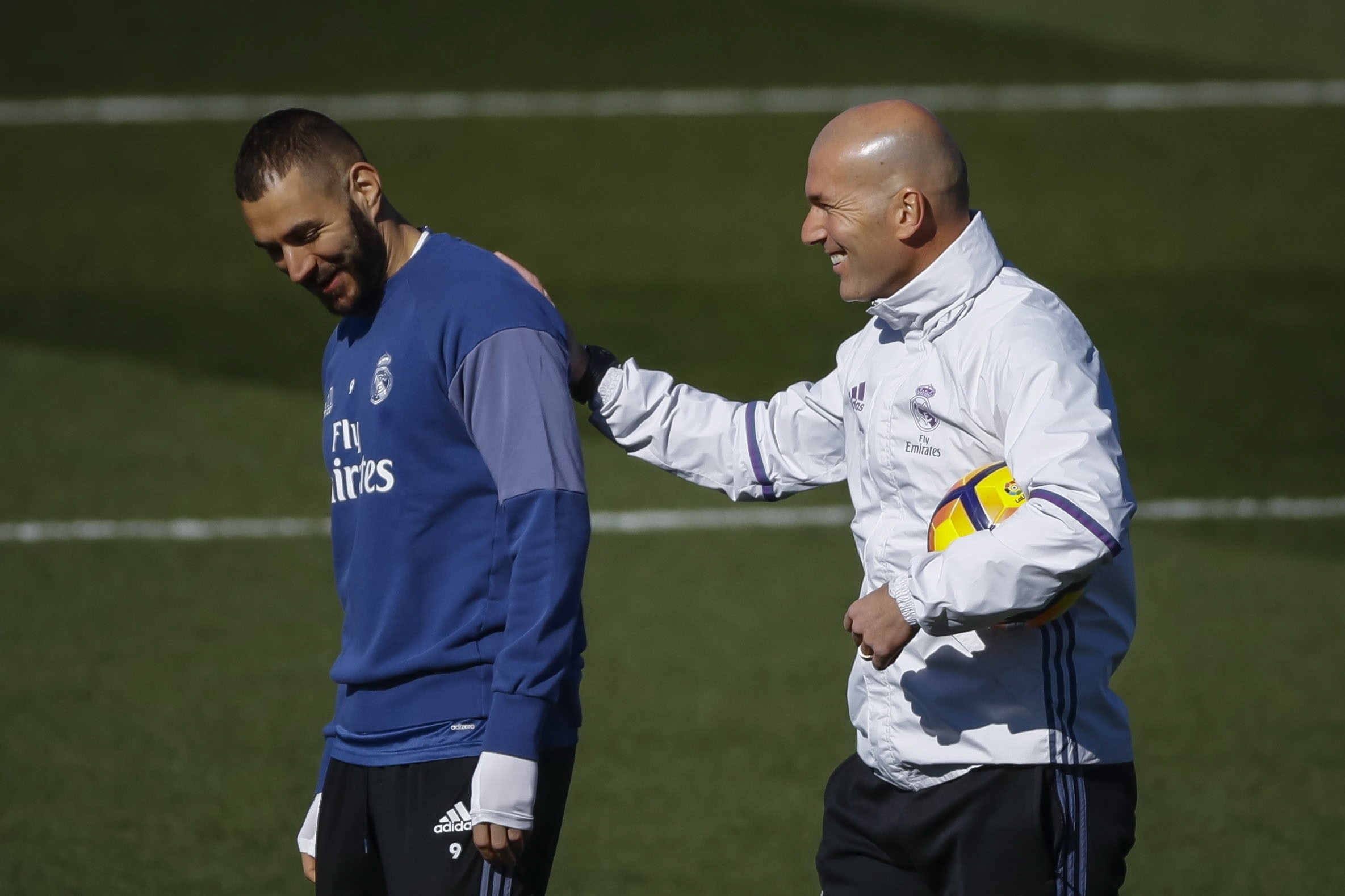 Zidane happy with Benzema before the final game