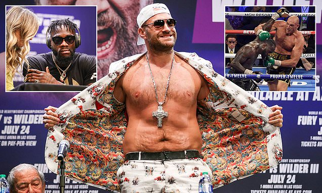 """Tyson Fury: """"I'm building my weight up, trying to get up to 300lbs"""""""
