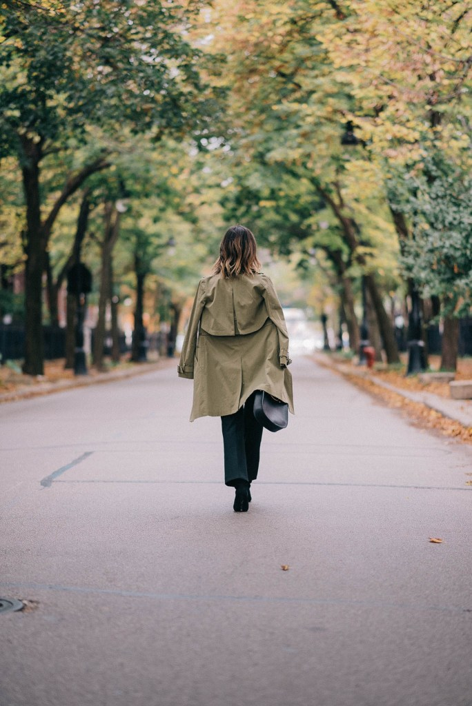 Olive trench coat and Chicago Fashion Blogger