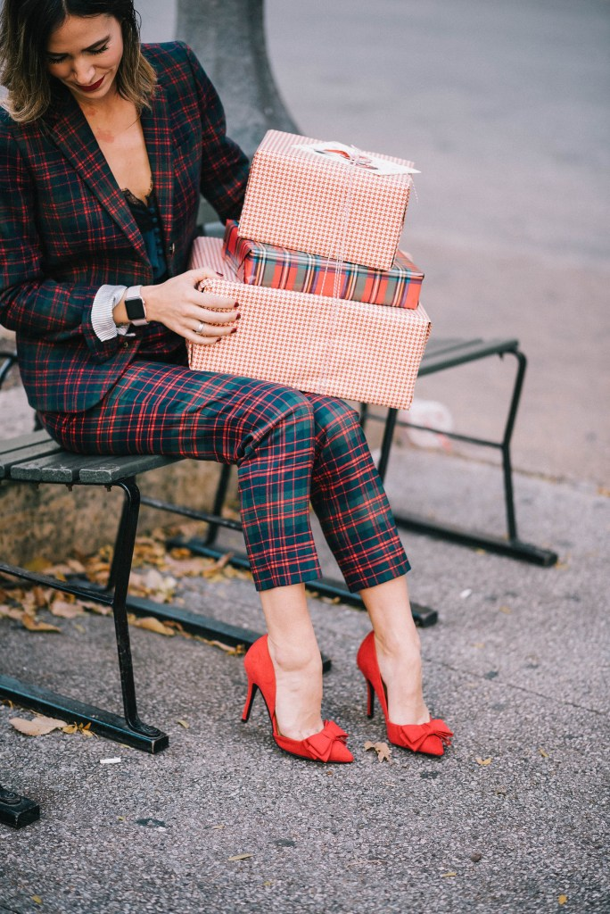 Red pumps with bows and Favorite December Holiday Looks