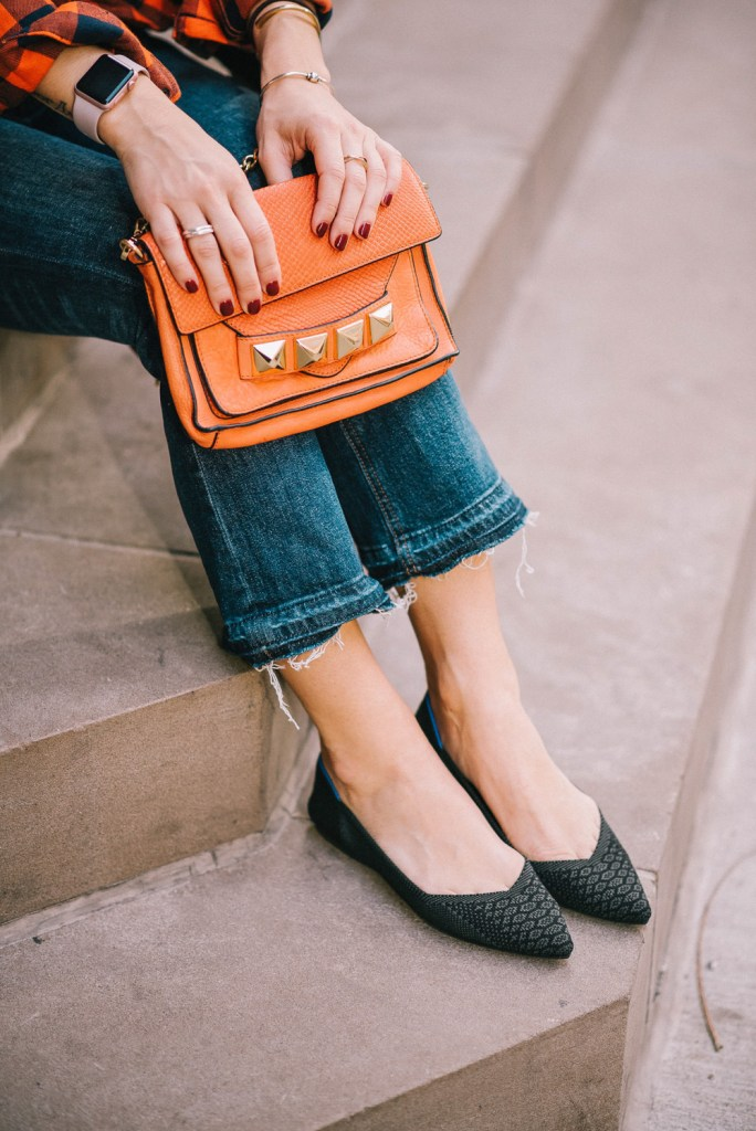 Blogger Mary Krosnjar wearing Rothys snake print flats