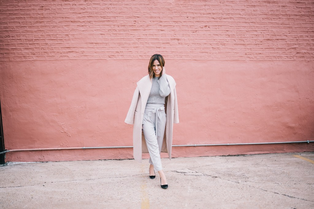 Blogger Mary Krosnjar wearing grey monochromatic look with velvet Target pumps