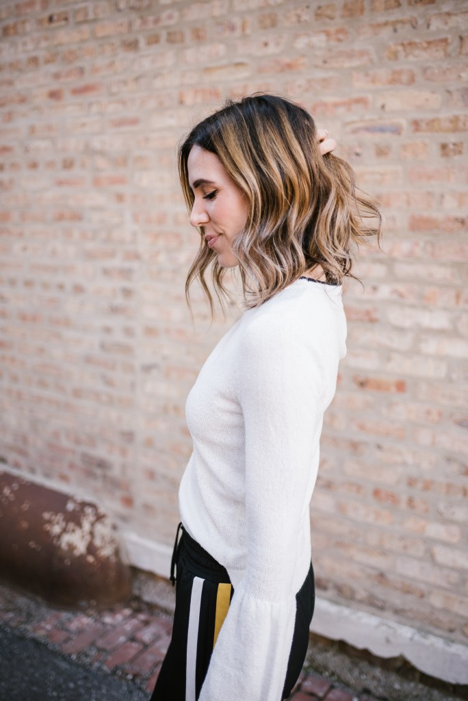 Blogger Mary Krosnjar with short hair ombre and Who What Wear Bell Sleeve Sweater