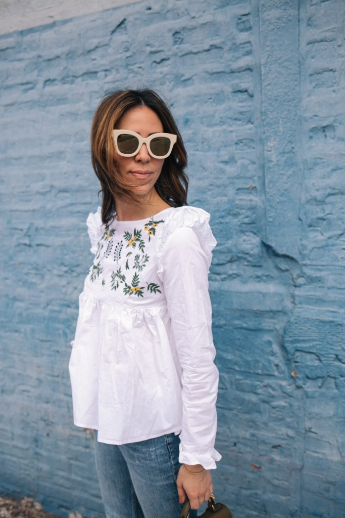 Blogger Mary Krosnjar wearing B.P. Mirrored sunglasses and White Embroidery Ruffle Trim Pleated Blouse