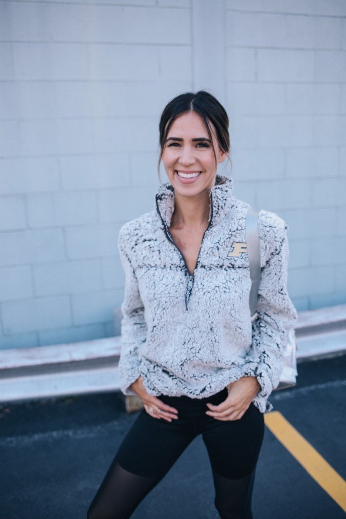 Blogger Mary Krosnjar and game day fashion