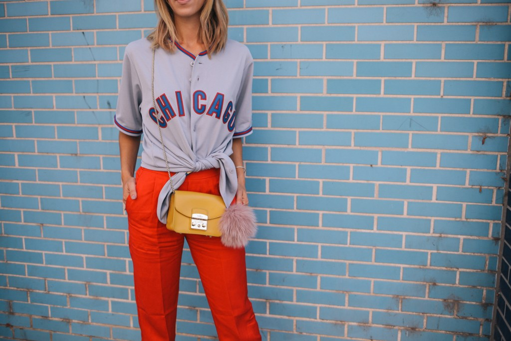 Blogger Mary Krosnjar wearing Chicago Cubs Jersey and Red H&M pull on pants
