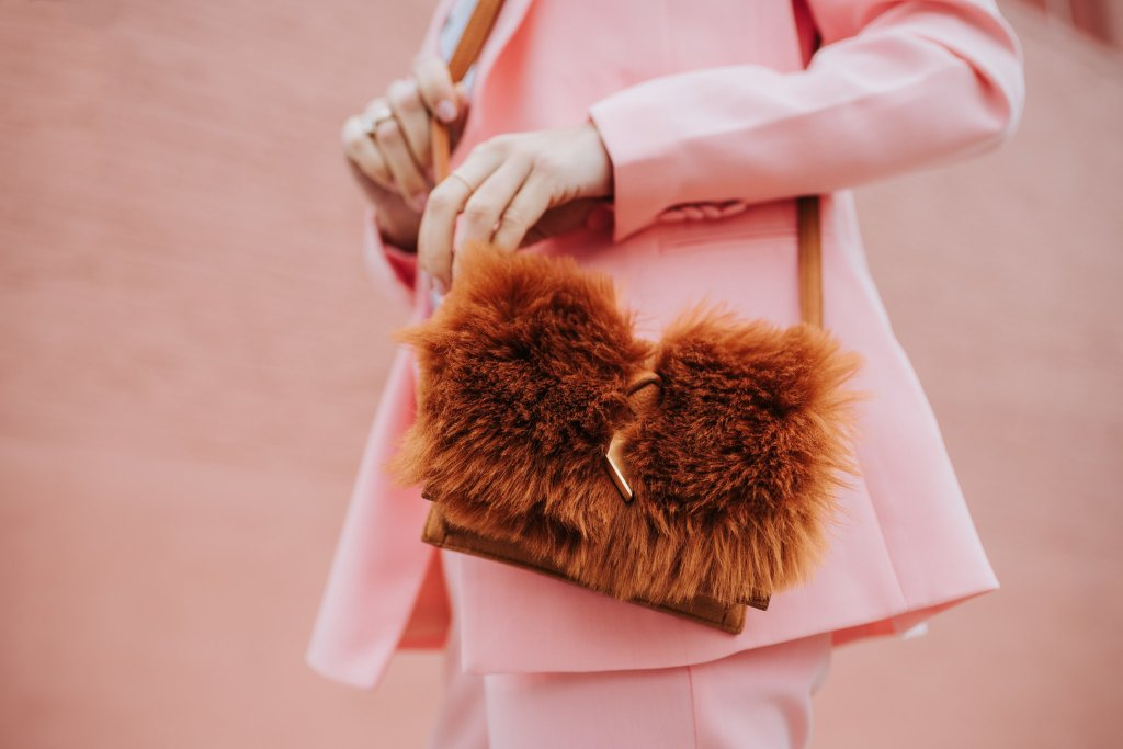 Blogger Mary Krosnjar wearing Foley & Corina faux fur bag and H&M Pink Blazer