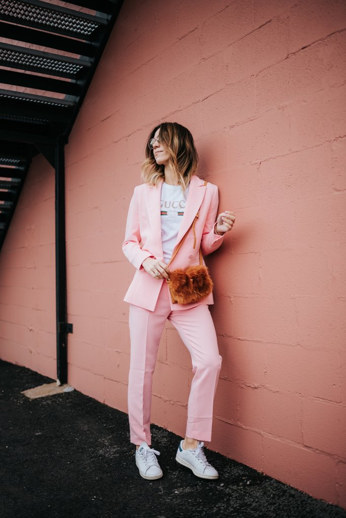 Blogger Mary Krosnjar wearing Pink Blazer and Matching Pants and Gucci T-shirt