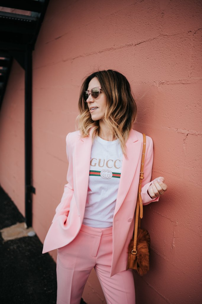Blogger Mary Krosnjar wearing Gucci t-shirt with H&M Pink Blazer