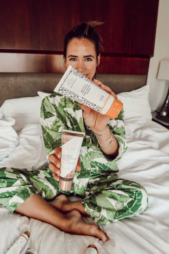 Blogger Mary Krosnjar + Drunk Elephant No. 9 Jelly Cleanser