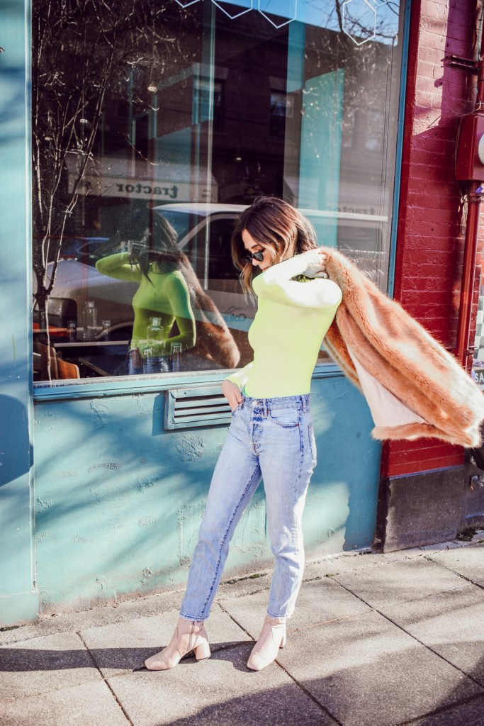 Seattle Fashion Blogger Sportsanista wearing SHEIN Neon Turtleneck and Topshop Raw Hem Straight Leg Jeans