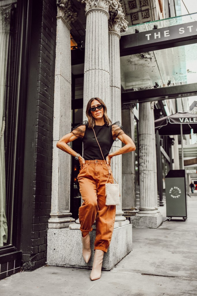Seattle Fashion Blogger wearing Organza Sleeve Tee and Zara Baggy Jeans for Fall Casual Look