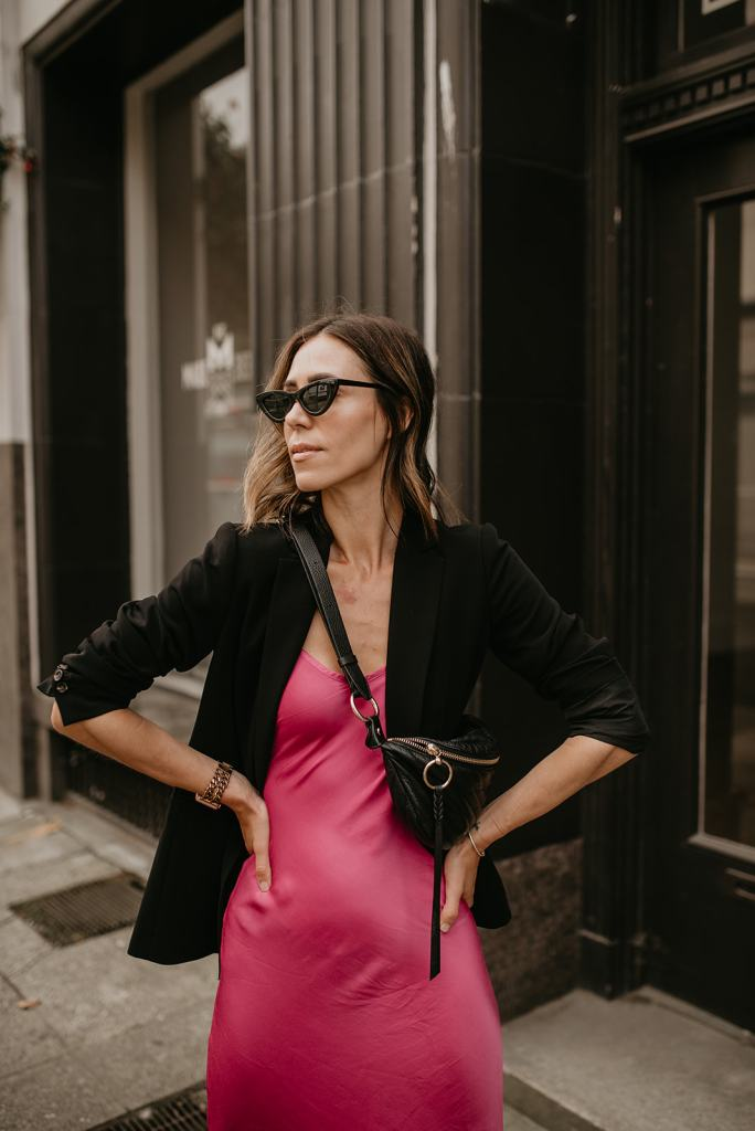 Seattle Blogger Sportsanista wearing Black Oversized Blazer, Cat Eye Sunglasses and Rebecca Minkoff Quilted Belt Bag