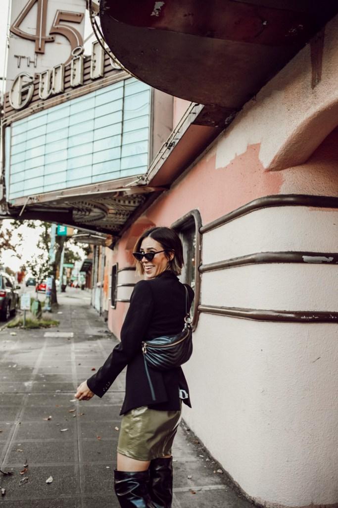 Seattle Fashion Blogger Sportsanista wearing Rebecca Minkoff Belt Bag and Ann Taylor Oversized Blazer