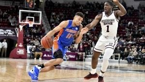 Mississippi State survives battle with Florida, 71-68