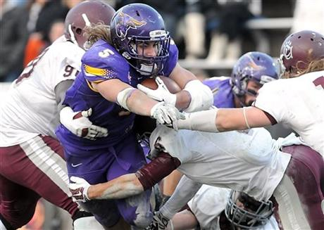 Connor Thomas (#5 in Purple) leads Minnesota State-Mankato into the Division 2 National Championship against Colorado State Pueblo (AP Photo/Mankato Free Press, Pat Christman)