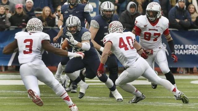 Illinois State and New Hampshire were battling for their first appearance in the FCS Championship game (Jim Cole / AP Photo)