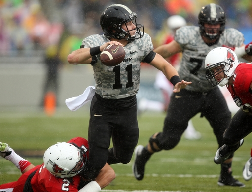 A.J. Schurr against Ball State in 2014 (Danny Wild/USA Today Sports)