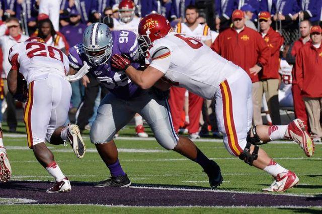 Terrell Clinkscales (#98 in Purple) has left the Kansas State program (Jasen Vinlove / USA Today Sports)