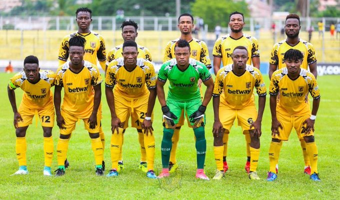 Ashantigold coach Ricardo da Rocha name team for Berkane tie