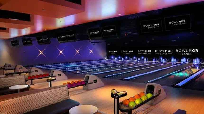 Top 10 Bowling Alley in the USA