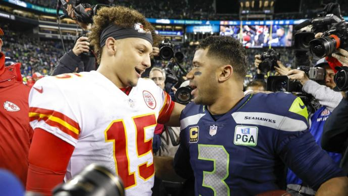 Seahawks vs. Chiefs final score, takeaways: Russell Wilson outduels Patrick  Mahomes as Seattle earns playoff spot - CBSSports.com