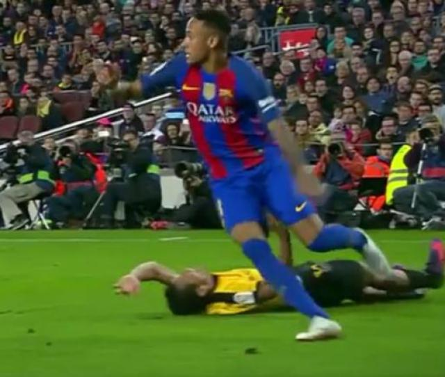 Barcelona Highlights Neymar Pulls Off Crazy Skill That Puts Defender On His Back Cbssports Com