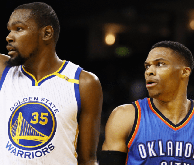 Watch Nba 2k18 Glitch Causes Warriors Kevin Durant To Celebrate With Thunder Cbssports Com