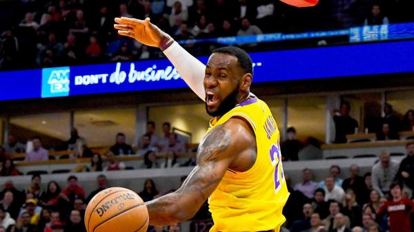Lakers vs. Clippers odds, line: 2019 NBA Opening Night picks, predictions from dialed-in computer model