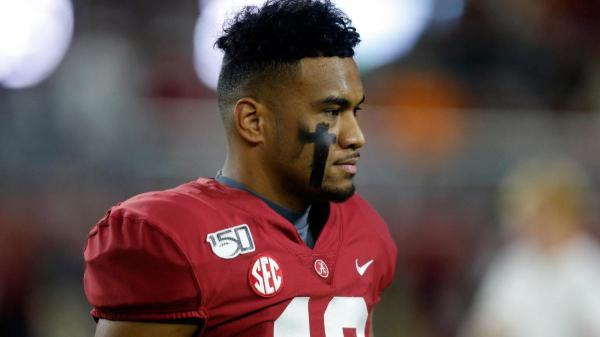 Alabama QB Tua Tagovailoa injures ankle vs. Tennessee, return to game uncertain