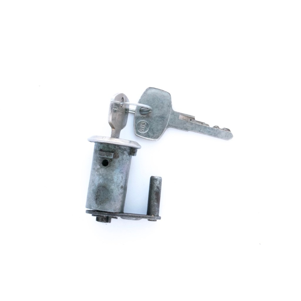 Trunk Lock and Key Image