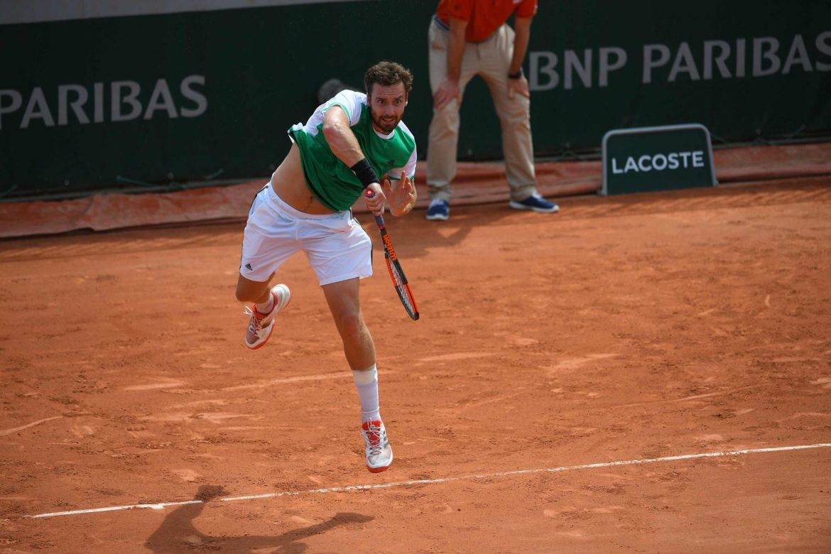 French Open Rolang Garros RG Partners Sponsors Brand Associations Logos On Field Advertising Marketing BNP Paribas