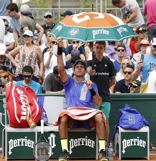 French Open Rolang Garros RG Partners Sponsors Brand Associations Logos On Field Advertising Marketing Perrier