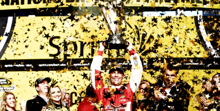 Kevin-Harvick-campeon