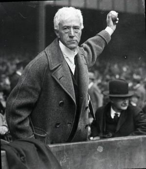 Kenesaw Mountain Landis, primer Comisionado de la MLB