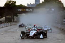 米国インディカー・シリーズ第7戦において、日立契約ドライバーのジョセフ・ニューガーデン選手が優勝