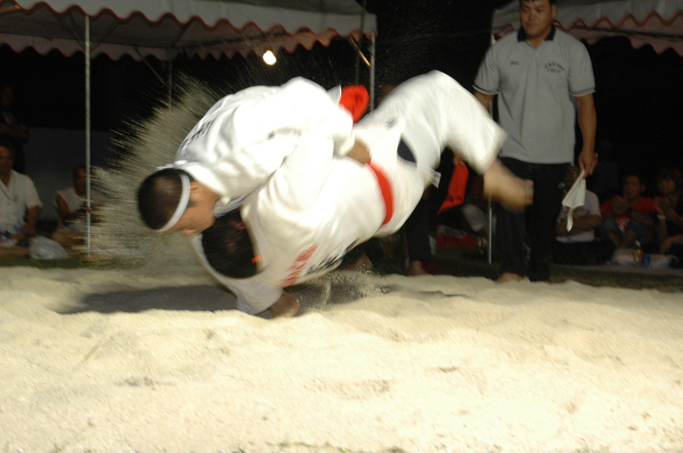600年以上続く沖縄独特の格闘技・「沖縄角力」、 6/17の大会を皮切りに久米島で5場所開催!