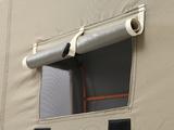ガレージ内にこもった熱気や湿気を換気するベンチレーション。