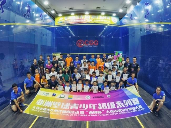 【スカッシュ】中国・第1回大連ジュニアオープンで仮屋薗選手が優勝