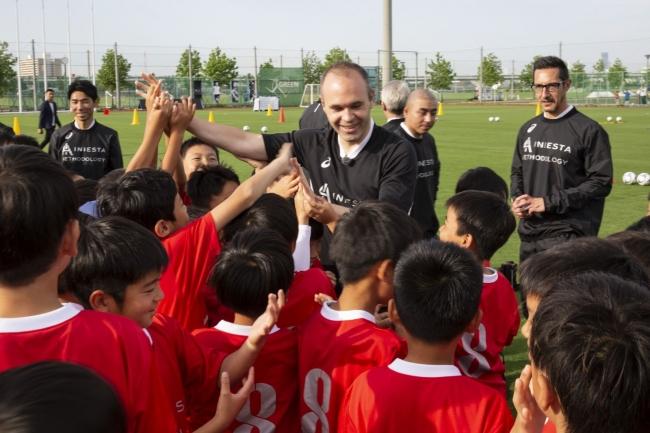 楽天、「Iniesta's Methodology(イニエスタ メソドロジー)」のスペシャルイベントを神戸で開催