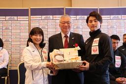 カーリング日本代表選手を「ニッポンの食」で応援!
