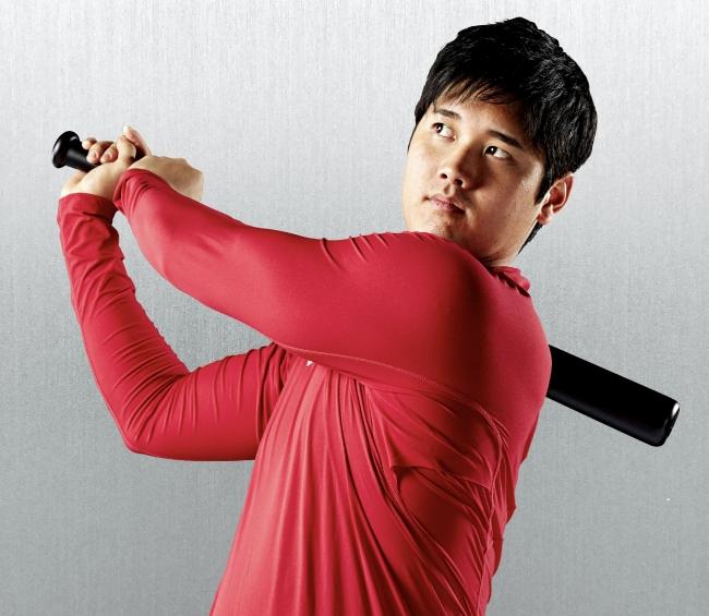 大谷翔平選手のお墨付き!『デサント』ブランドより、 新開発仕様で動きやすくて軽い野球用アンダーシャツを発売!