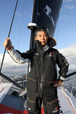 ヘリーハンセン 海洋冒険家・白石康次郎氏の世界一周ヨットレースをサポート