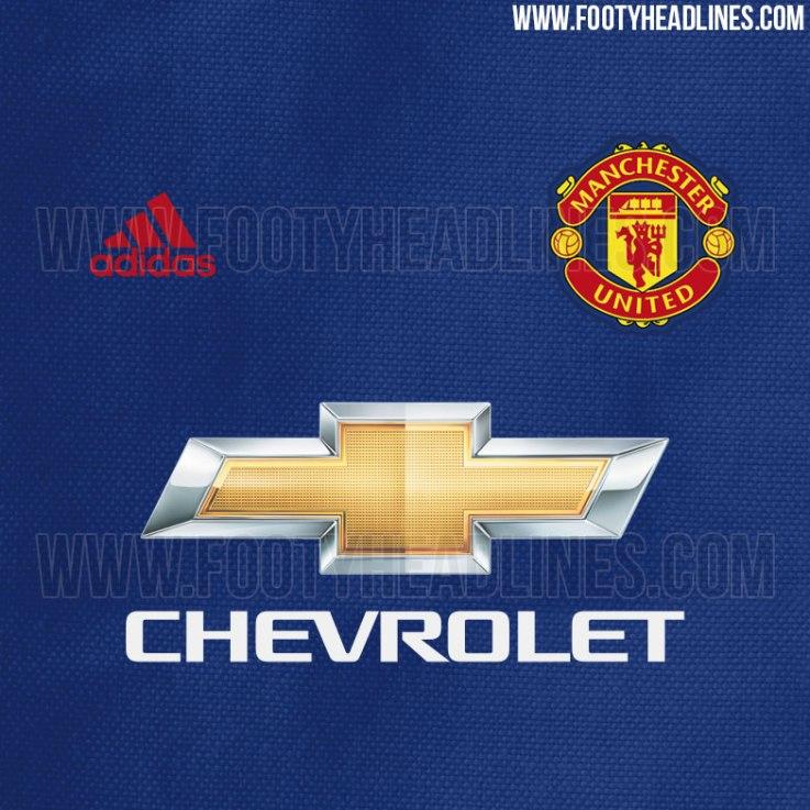MUFC Away kit