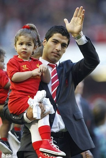 Kids of Luis Suarez 3