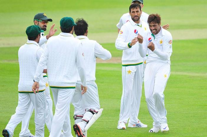 Pakistan warm up